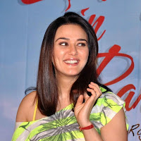 cute darling gorgeous Preity zinta at ishkq in paris movie press conference