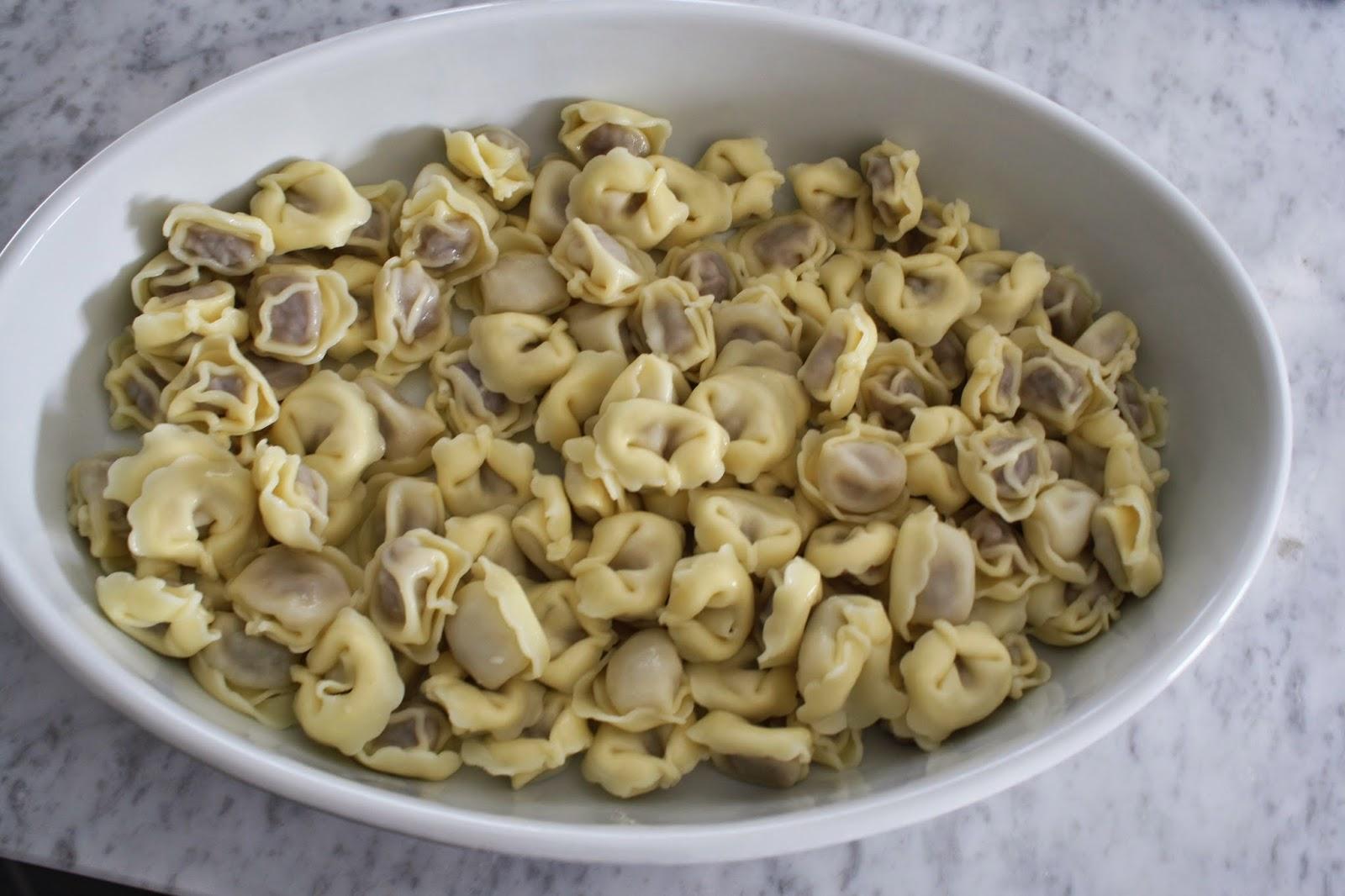 ricetta pasta fredda tortellini