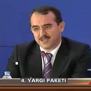 Yargıda 4. Reform Paketi Yasa tasarısı 12/11/2012 tarihinde Türkiye Büyük Millet Meclisi Başkanlığına sunulmuştur Ceza Muhakemeleri Kanunu ve Ceza ve Güvenlik Tedbirlerinin İnfazı Hakkında Kanunda Değişiklik Yapılmasına Dair Kanun Tasarısı