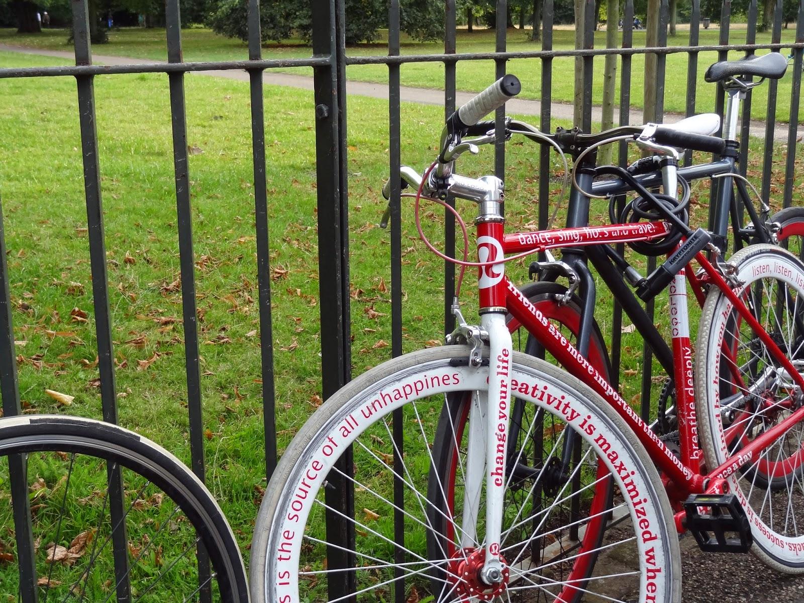 lululemon Bike Hyde Park