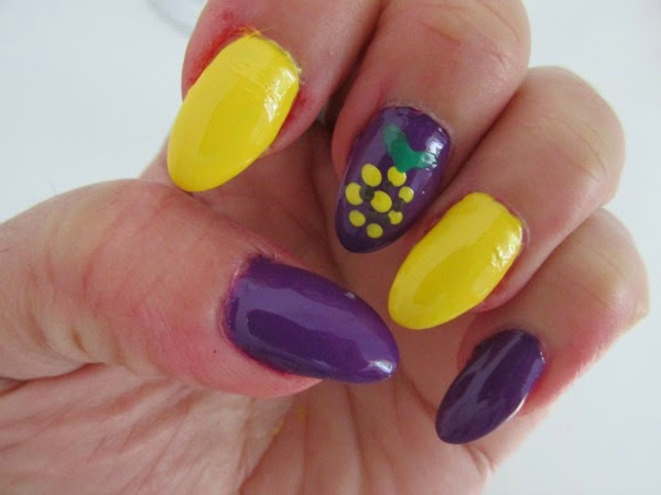 Catrice Carnival of Colours LE - Reviews, Photos, Swatches Pineapple Nail art NOTD yellow purple