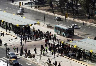 El Gobierno porteño dejó inaugurado el Metrobus de la 9 de Julio 0724_inauguracion_metrobus_g10_dyn.jpg_1853027551