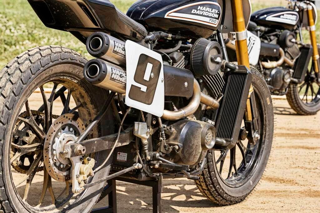Harley 'XR' 750 STREET Dirt Tracker by Vance & Hines for X-Games