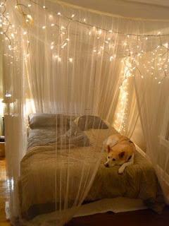 Desain Kamar Tidur dengan Nuansa Romantis