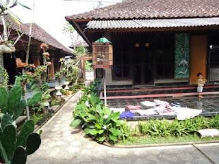 Balinese family compound, shrine, Bali