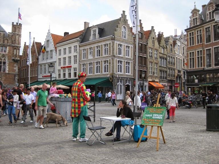 Street Entertainers Markt Bruges