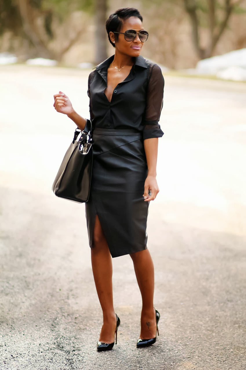 black-leather-skirt