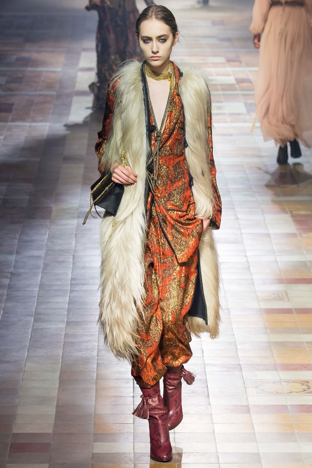 Brocade trend on AW 2015 runway at Lanvin / via www.fashionedbylove.co.uk