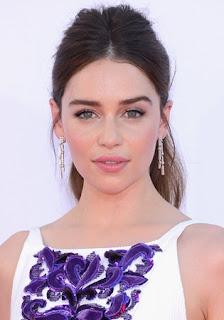 Emilia clarke en los emmy 2012 - Juego de Tronos en los siete reinos