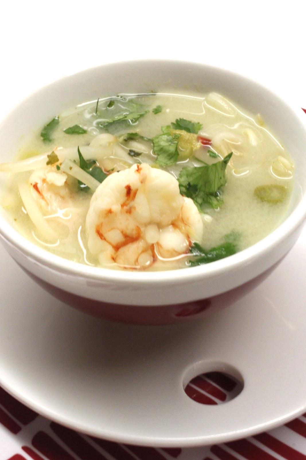 Petits repas entre amis soupe tha aux crevettes germes for Quoi manger ce soir entre amis