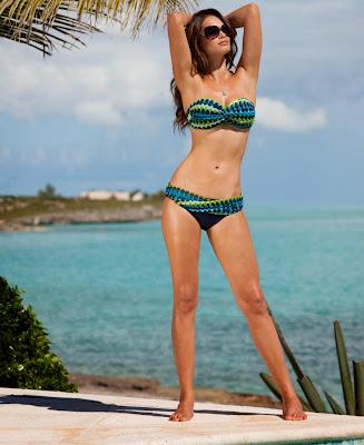 Lisalla Montenegro slim sexy bikini body in Macy's sexy swimwear models