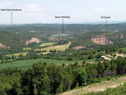 Panoràmica de la Vall de la Gavarresa des del camí de La Vall, a prop del darrer avituallament