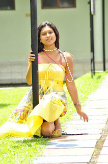 Kavisha Ayeshani legs hsow