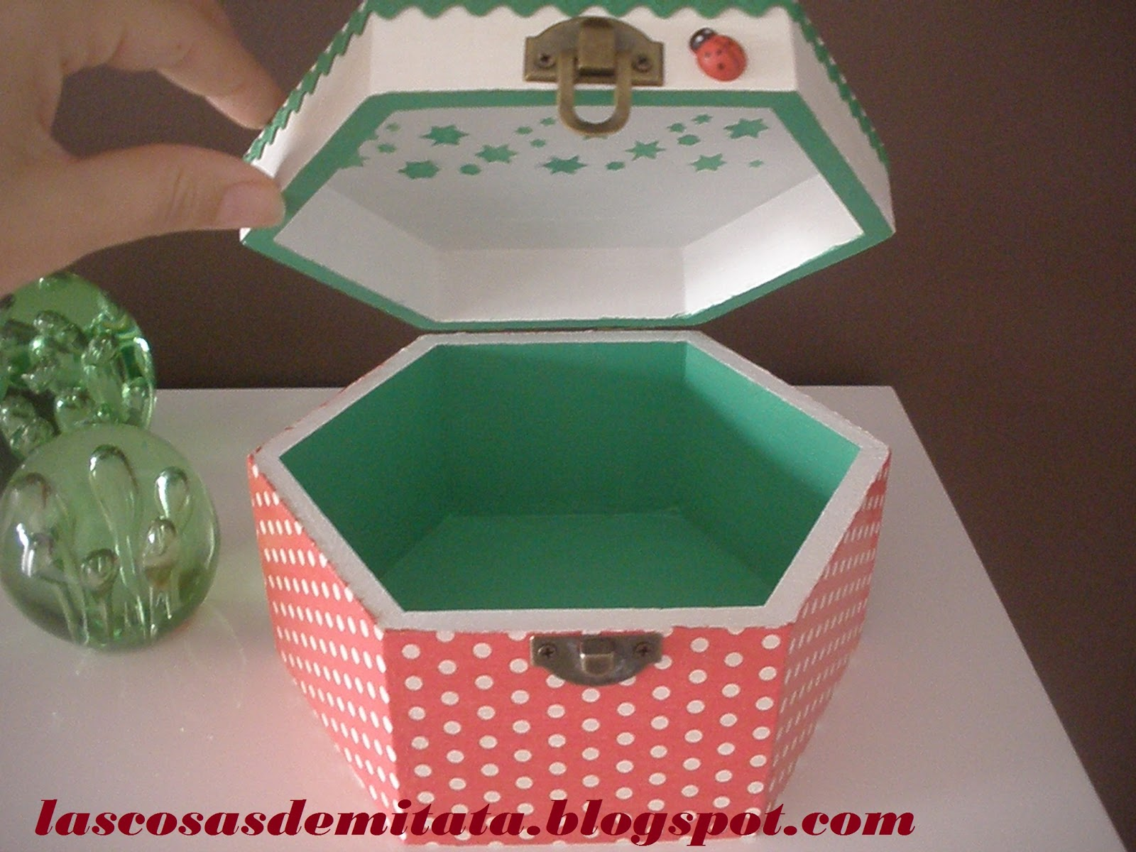 Las cosas de mi tata caja caperucita roja - Cajas infantiles decoradas ...
