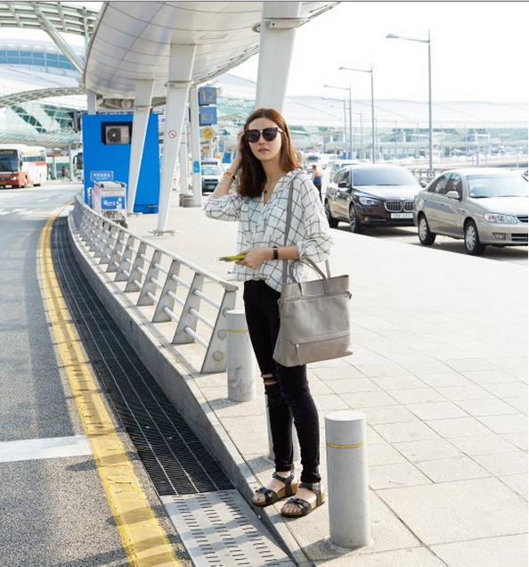 Korean celebrities airport fashion style