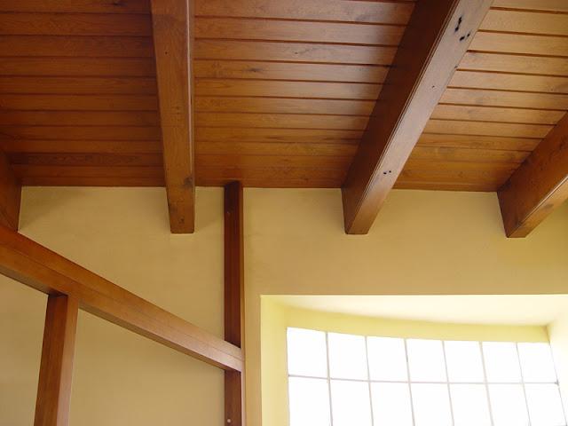 Techos de madera grupo gubia espacios en madera - Techos con vigas de madera ...