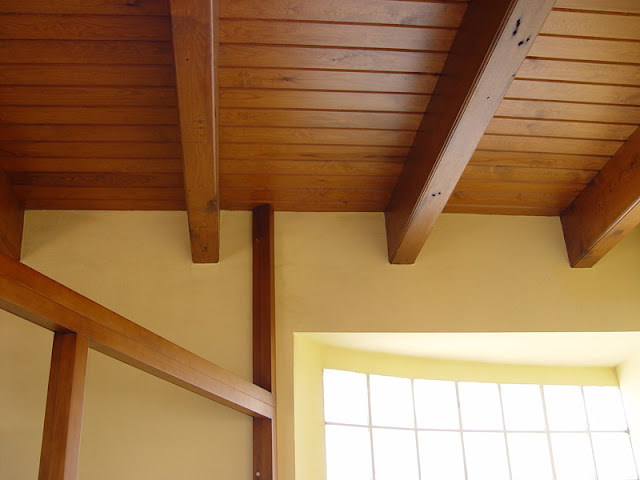 Techos de madera grupo gubia espacios en madera for Tipos de techos