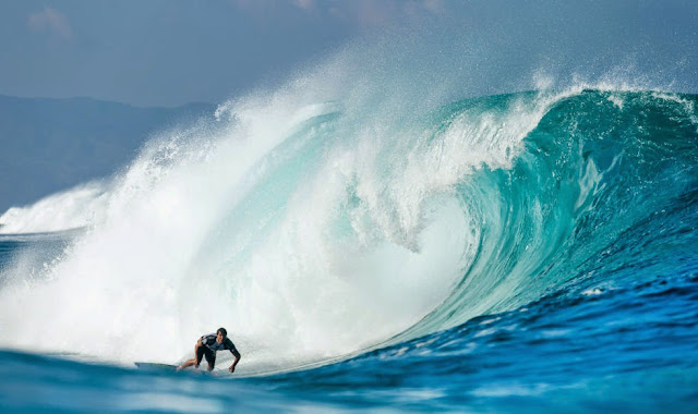 46 Billabong Pipe Masters 2014 Kai Barger Foto ASP