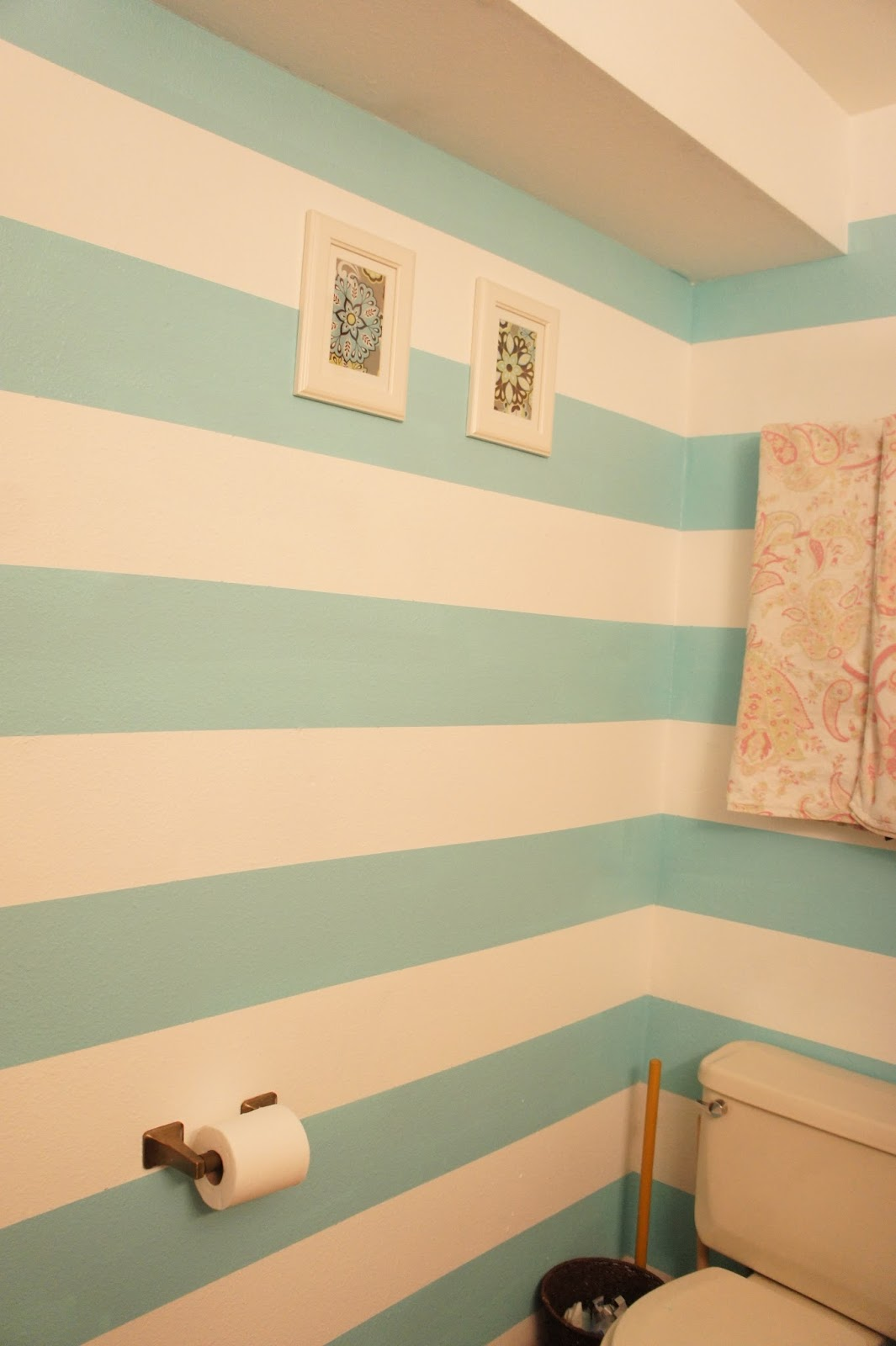 Striped bathroom walls - Joan Ellen Cornell