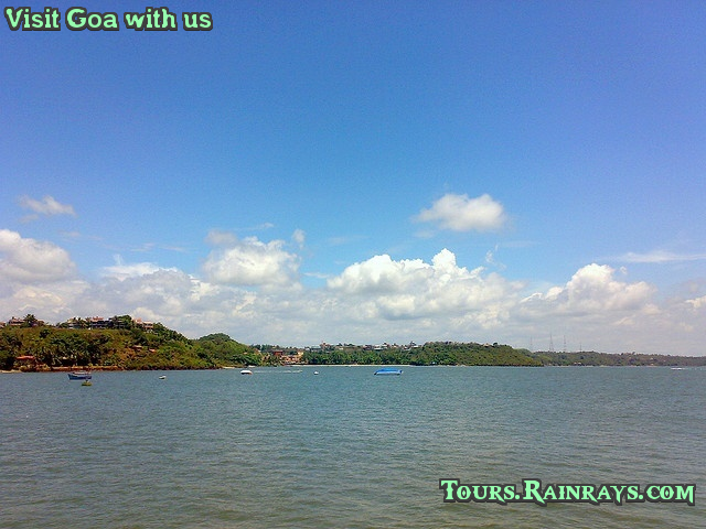 Best Dona Paula Beach, Goa India. Tour Packages in India, Book Vacation Packages online