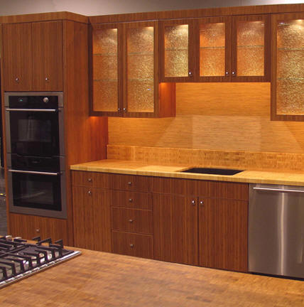 Art wall decor bamboo kitchen cabinets review for Bamboo kitchen cabinets