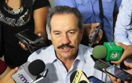 Una infamia que Duarte use el dinero de los trabajadores para pagar deuda: Juan Bueno