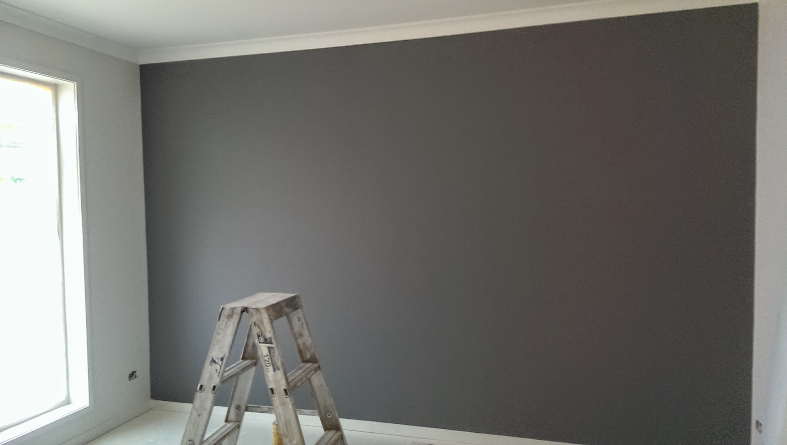 Creating the qld dream painting update for Grey feature wallpaper bedroom