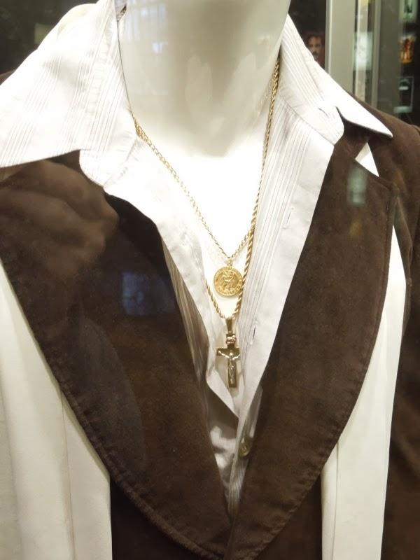 Bradley Cooper American Hustle costume jewelry