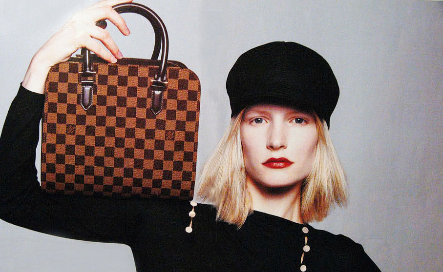 Kirsten Owen in Louis Vuitton by Marc Jacobs Fall/Winter 1998 campaign via fashioned by love british fashion blog