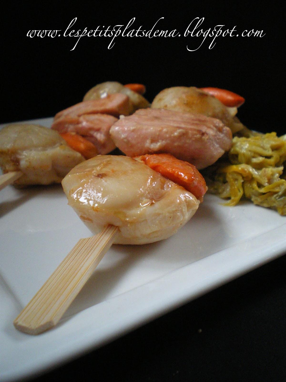 Les petits plats d 39 ema brochettes de st jacques et saumon - Noix de st jacques sur lit de poireaux ...
