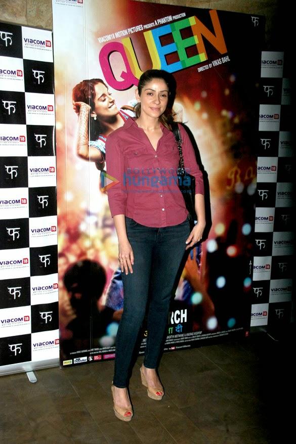 Celebrities grace Karan Johar's special screening 'Queen'