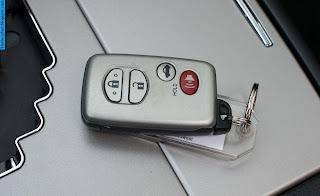 Toyota camry car 2012 key - صور مفاتيح سيارة تويوتا كامري 2012