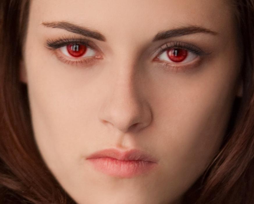 La máscara para la piel alrededor de los ojos con la vitamina e