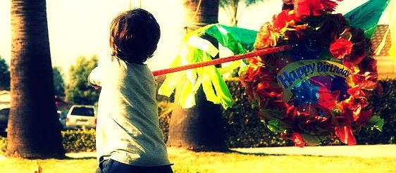 http://www.ecumple.com/post/de-donde-viene-celebrar-con-pinata