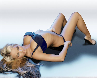 Jennifer Ellison Looking Fantastic