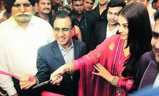 Aishwarya Rai Bachchan inaugurates 52nd store of Kalyan Jewellers in Ludhiana