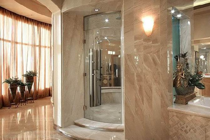 Bathroom Luxury Interior Nicolas Cages Former House