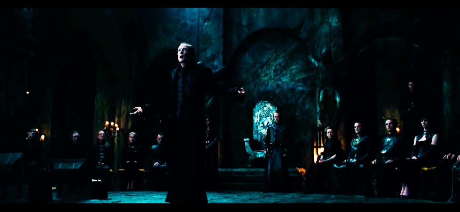 """""""Me tienen envidia porque soy guapo, rico, buen vampiro..."""" Viktor el humilde."""