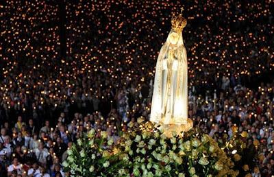 Consagração a Nossa Senhora de Fátima do ministério do Papa Francisco.