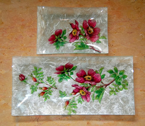 Play trays with rice paper napkin and