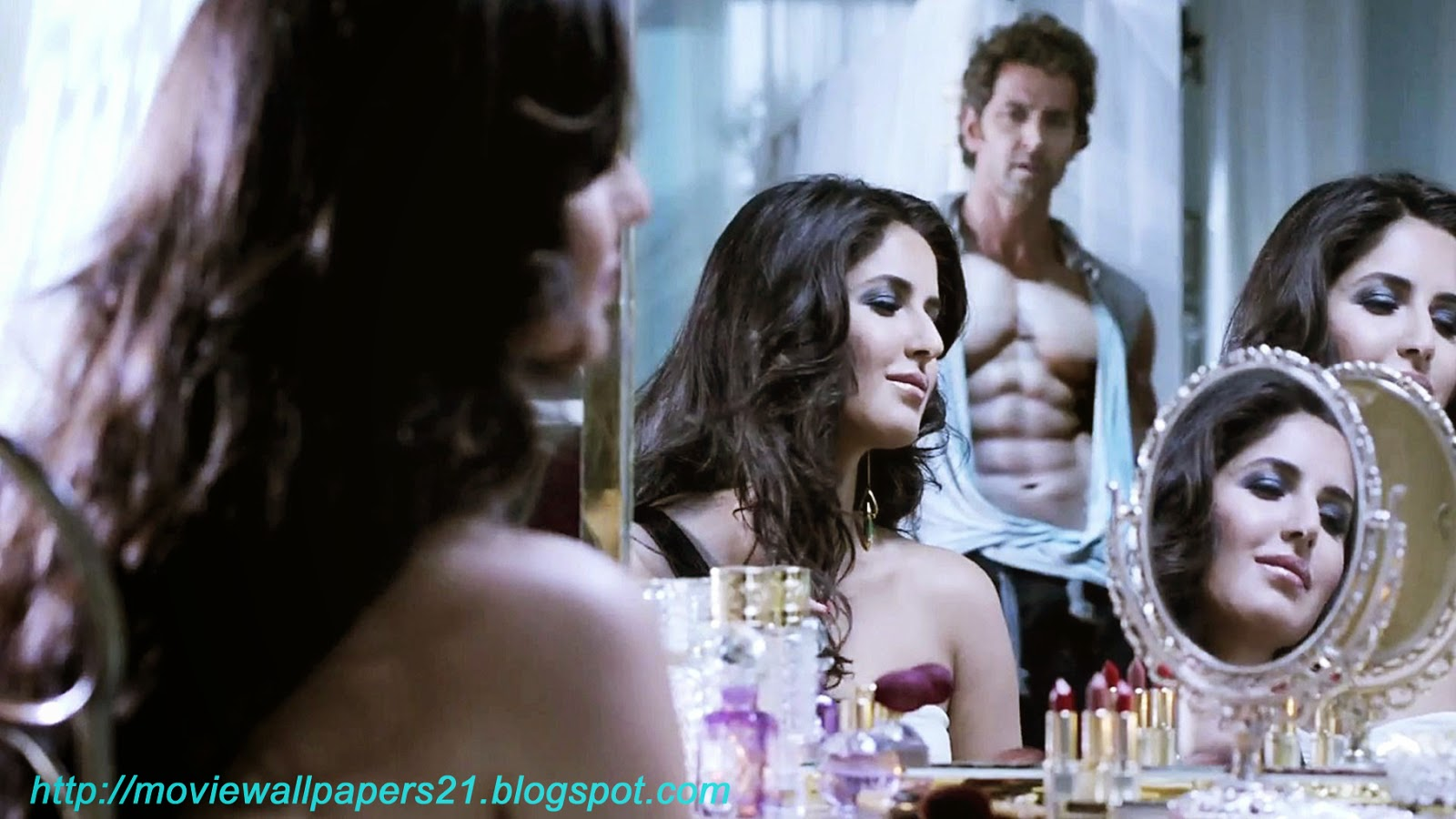 online movies wallpapers: katrina and hrithik bang bang 2014