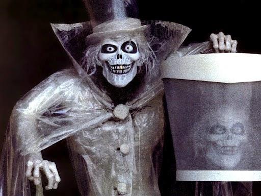 Disneyland Report Return Of The Hatbox Ghost