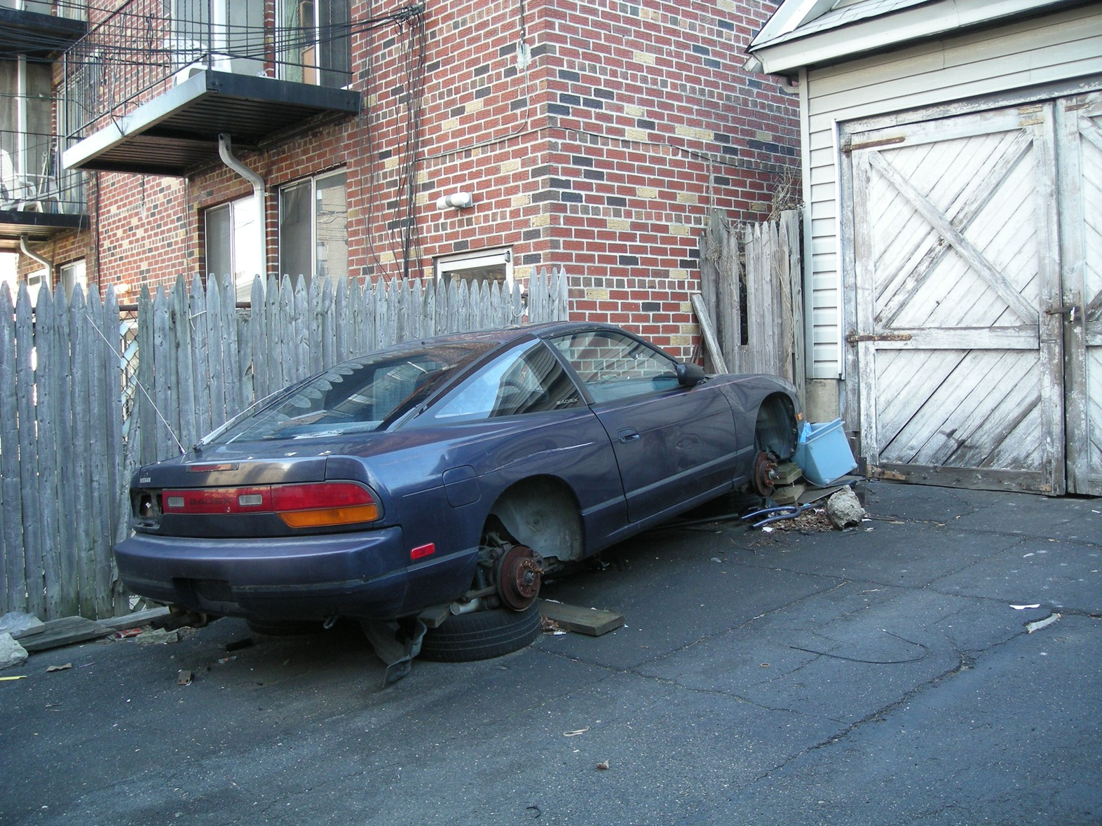 FYI: DIY auto repair is basically not allowed in Pleasant Hill ...