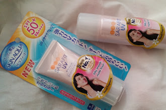 Get protected with SUNPLAY SKIN AQUA SARAFIT UV SPF50+ PA++++ DAILY SUN PROTECTION WITH DOUBLE SILKY POWDER TECHNOLOGY