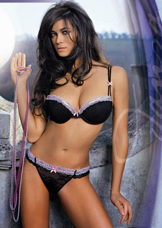 Star Vip Manuela Arcuri Mi Sposo In Primavera