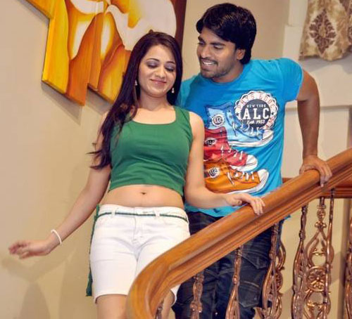 love-cycle-movie-heroine-reshma-stills7