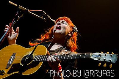 Crónica concierto Kim Lenz & The Jaguars Bilbao abril 2012 por Larrypas