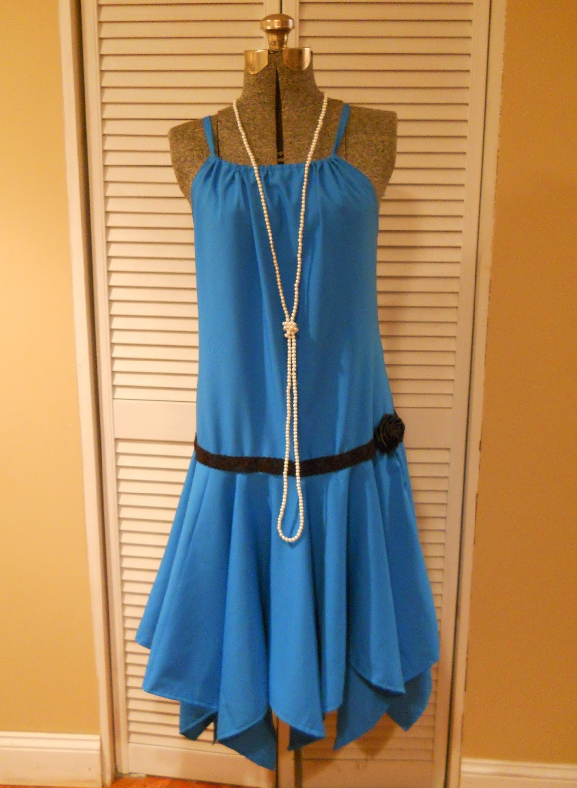 1920's Flapper Dress with tutorial for the dress and rolled ribbon ...