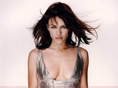 Hollywood Actress Elizabeth Hurley Wallpaper