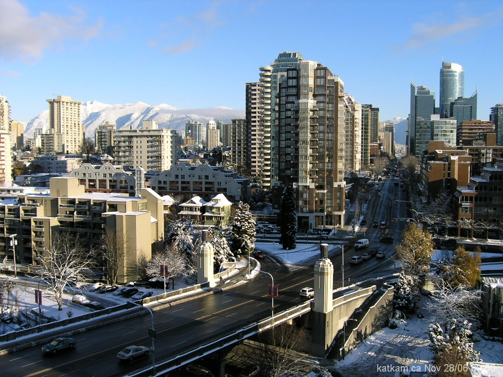 http://1.bp.blogspot.com/-4tnZUluDIeg/TWe-4HouAEI/AAAAAAAAB2k/Zo83Hr-Gp3c/s1600/VancouverSnowfall-714065.jpg